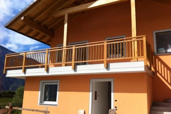 balconi-3F3E191AD-411A-B791-CBF6-88BE4A2EAD29.jpg