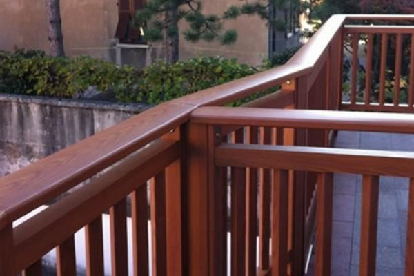 balconi-44000DC8B-7EAA-91AB-D5F0-DAF27ECA3F98.jpg
