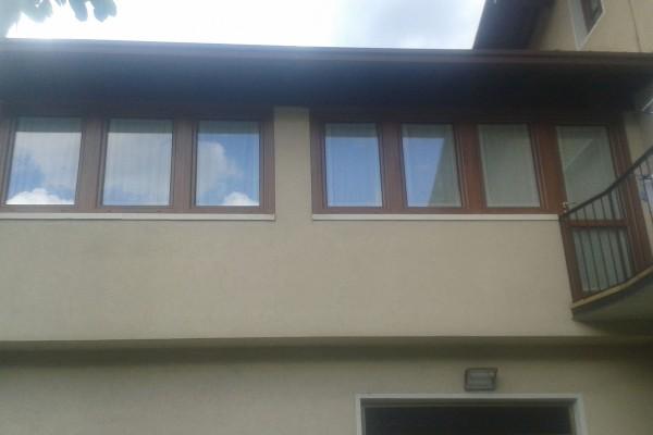 finestre-5EE9ECFED-7037-D6BB-5901-7463948159F4.jpg